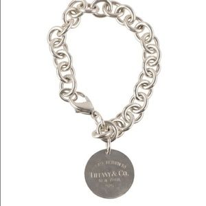 Return to Tiffany's & Co Round Charm Bracelet